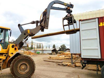 poste de madera para exportar